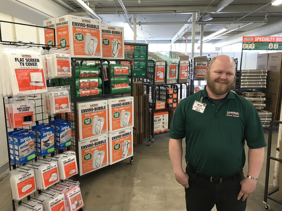 U-Haul® will soon be showcasing a new retail and self-storage facility in Des Moines thanks to the recent acquisition of the former Kmart® store at 2535 Hubbell Ave. (PRNewsfoto/U-Haul)