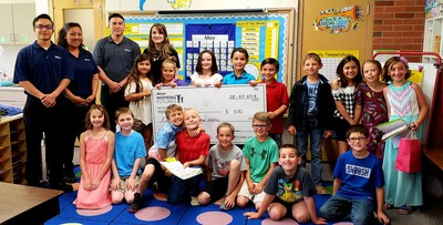 Students of Mrs. Reid's class at Vineland Elementary School in Pueblo, Colorado celebrate with their teacher upon receiving her 2018 Teachers Who Shine classroom grant from Mister Car Wash. Mrs. Reid was one of 30 finalists awarded a total of $46,000 in cash and prizes last year. Teachers from all communities served by Mister Car Wash are eligible. Online nominations are open February 25, 2019 through April 1, 2019 at www.mistercarwash.com/teacher.