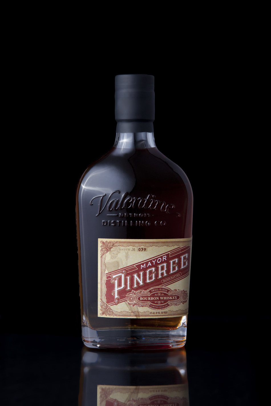 Valentine Distilling Co. Mayor Pingree Red Label Bourbon Whiskey bottle