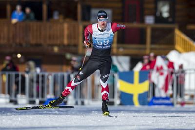 Mark Arendz a complété son tour du chapeau de médailles mercredi, à mi-parcours des Championnats du monde de ski paranordique de 2019. PHOTO : Comité paralympique canadien (Groupe CNW/Canadian Paralympic Committee (Sponsorships))
