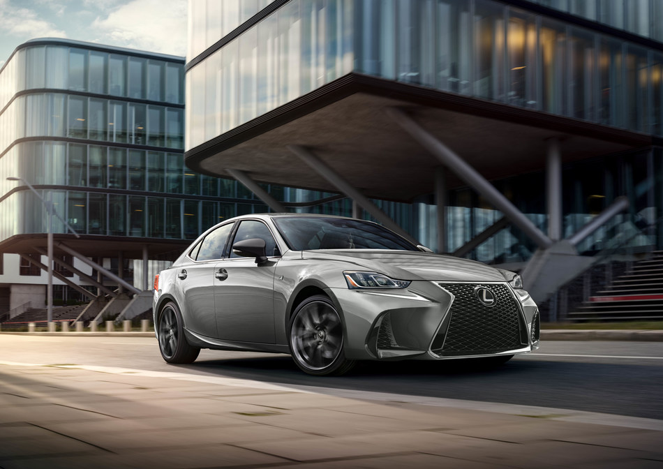 The 2019 IS 300 F SPORT Black Line Special Edition gives drivers a new way to express their style.