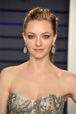 Actress, Model, Singer and Songwriter Amanda Seyfried Graced the 2019 Vanity Fair Oscar Party Wearing NIWAKA Fine Jewelry
