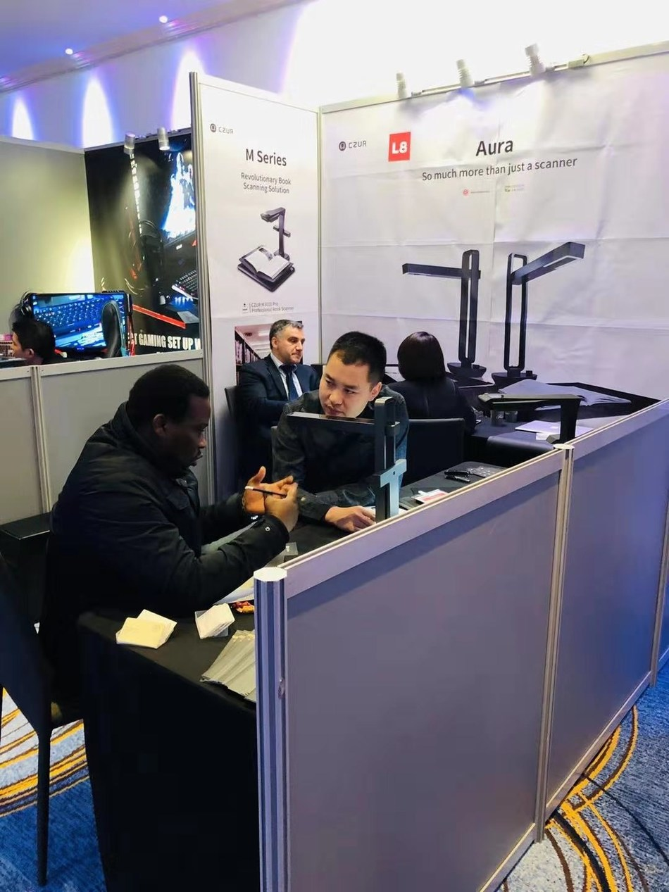 CZUR presented its latest products at the DISTREE EMEA 2019