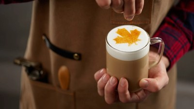 New beverages include Canadian-inspired flavours, like a Maple Macchiato. (CNW Group/Tim Hortons)