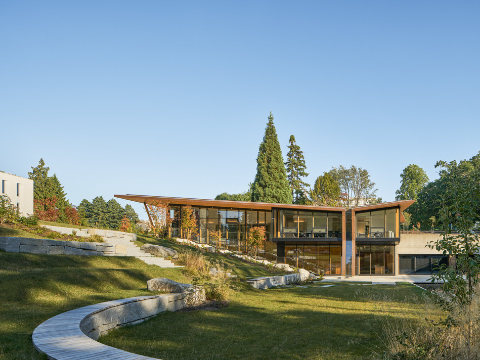 Winner: Institutional Wood Design: Small - Indian Residential School History and Dialogue Centre, Vancouver, BC; Formline Architecture, West Vancouver, BC. Photo Credit: Wood WORKS! BC – 2019 Wood Design Awards in BC. (CNW Group/Canadian Wood Council for Wood WORKS! BC)