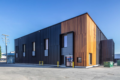 Winner: Environmental Performance - UNBC Wood Innovation Research Laboratory, Prince George, BC; Stantec Architecture Ltd., Vancouver, BC. Photo Credit: Wood WORKS! BC – 2019 Wood Design Awards in BC. (CNW Group/Canadian Wood Council for Wood WORKS! BC)