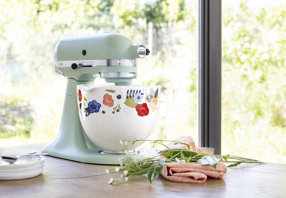 Scandi Floral Ceramic Bowl. *Stand mixer shown is sold separately.