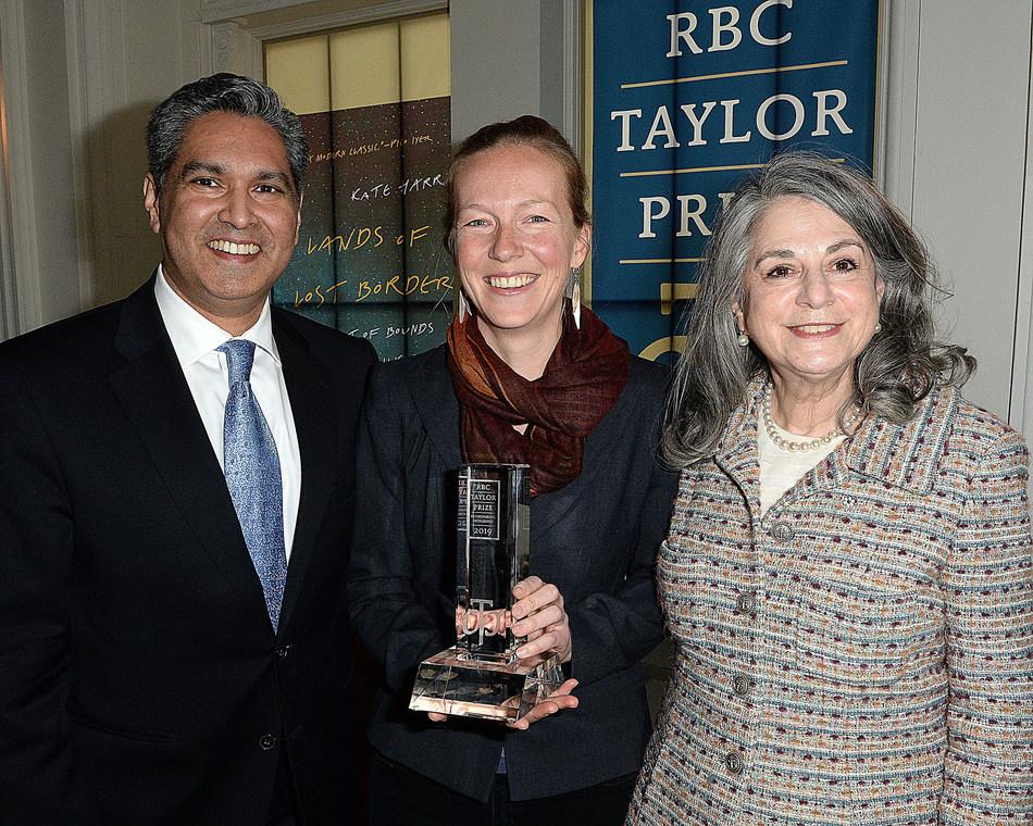 Vijay Parmar, 2019 RBC Taylor Prize winner Kate Harris and Noreen Taylor. Photo Tom  Sandler (CNW Group/RBC Taylor Prize)