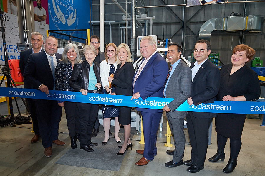 In 2018, SodaStream Canada grew by almost 50 percent. (L-R) Robert Budgeon Director of Operations of SodaStream Canada; the Honourable Todd Smith, Government House Leader of Ontario and Minister of Economic Development, Job Creation, and Trade; Laura Niro, Director of Marketing of SodaStream Canada; Dr. Roberta Bondar; Eyal Shohat, Deputy CEO of SodaStream; Rena Nickerson, SodaStream Canada Country Manager; her worship Bonnie Crombie, Mayor of Mississauga; the Honourable Doug Ford, Premier of Ontario; Deepak Anand, Member of Provincial Parliament; Michael Levitt, Member of Parliament for York Centre; her excellency Consul General Galit Baram (CNW Group/SodaStream)
