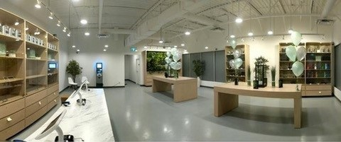 Choom Retail Location Interior (CNW Group/Aurora Cannabis Inc.)