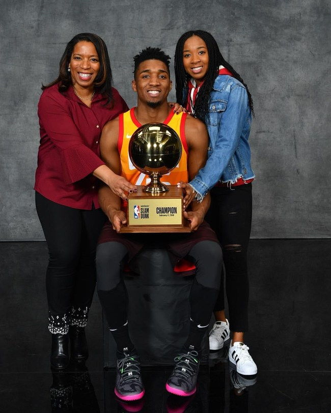 Donovan Mitchell With His Mother and Sister
