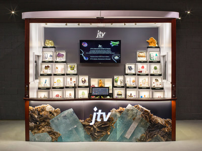 The JTV exhibit features 28 curated display cases/vitrines, designed to showcase the journey of a gemstone, from crystal or mineral specimen, to faceted gemstone, and, finally, as exquisite jewelry. An interactive screen enables visitors to select vitrines within the exhibit to learn more about that featured gemstone.