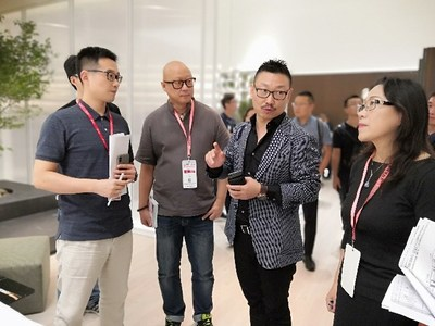 On-site jury and exhibitor