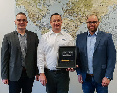 QPC Presents Gold Distribution Partner Award to JOWO - Systemtechnik, AG