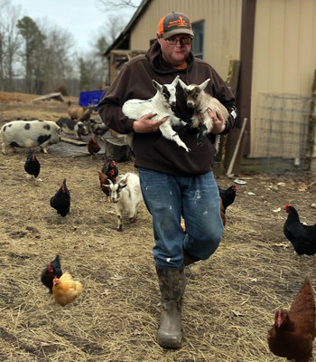 After weight-loss surgery, Brandon Chandler now has the energy to keep up with the animals on his farm.