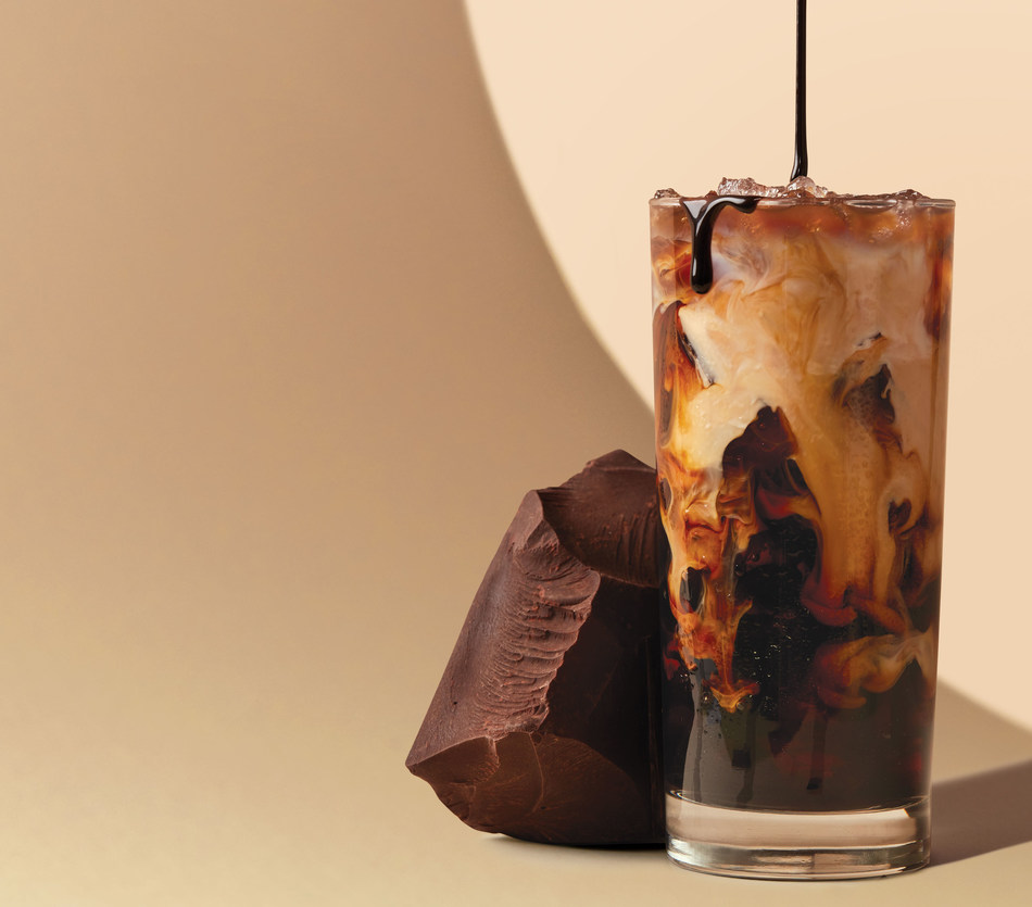 The Coffee Bean & Tea Leaf Adds Midnight Mocha Cold Brew Latte