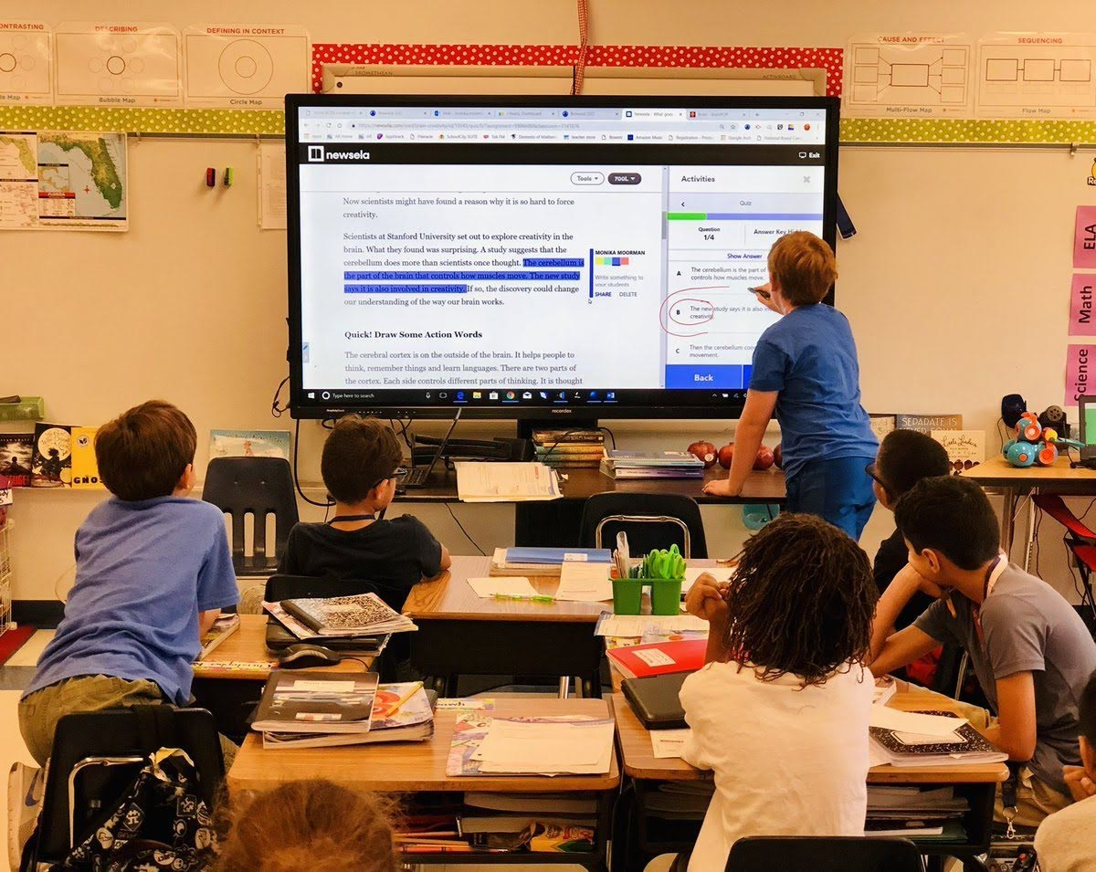 A classroom utilizes Newsela's instructional content platform. With over 20M students and 1.8M teachers on the platform, Newsela is now being used in 90% of U.S. schools.