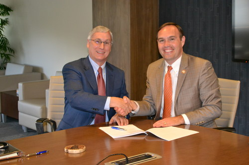 Campus Management CEO Jim Milton and Tusculum University President Dr. James Hurley look forward to a partnership focused on institutional growth and student success.
