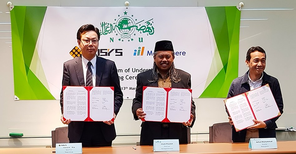 From Left: Jason Ho – Chairman of Taisys Group, Imam Pituduh – Chairman of NU Digital Services, Azhan Muhammad – Director of Mobisphere Inc. completed MOU signing in Taisys Taipei office.