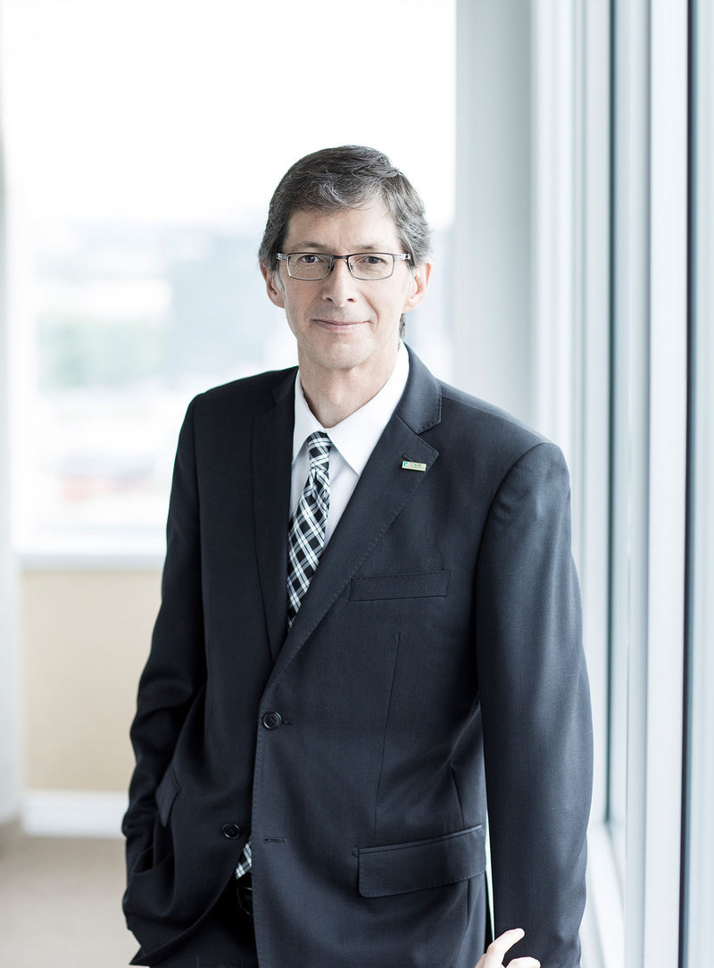 Gaétan Morin, President and CEO of the Fonds de solidarité FTQ, announced that the Fonds will invest $1 billion per year for the next 3 years, namely to help Québec businesses with the energy and technological transitions. (CNW Group/Fonds de solidarité FTQ)