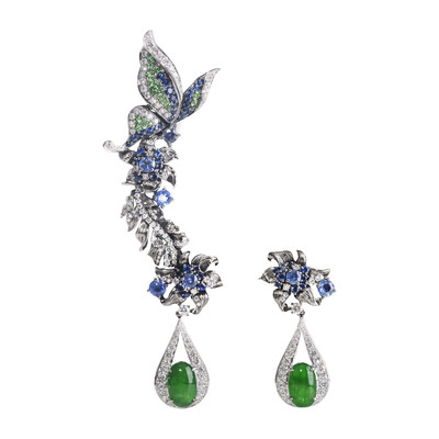 Earrings presented by Designer Wenyu Lin, exhibitor of UBM's Shenzhen Jewellery Fair 2019
