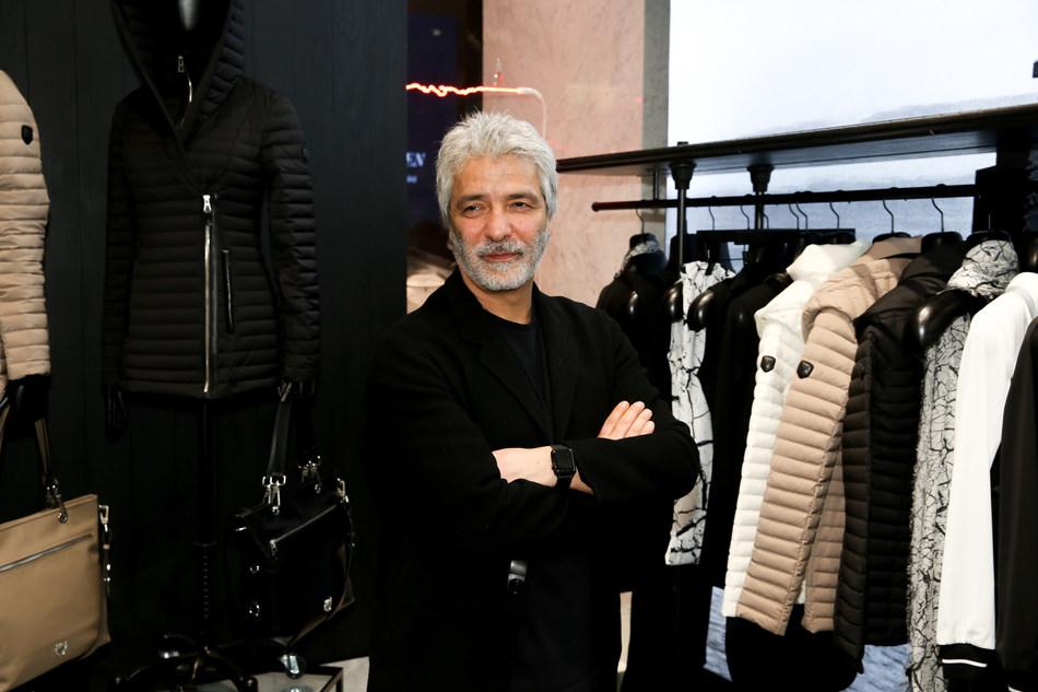 Evik Asatoorian, President and Founder of Rudsak, standing in the new Rudsak flagship store in New York City's Hudson Yards. (CNW Group/RUDSAK)