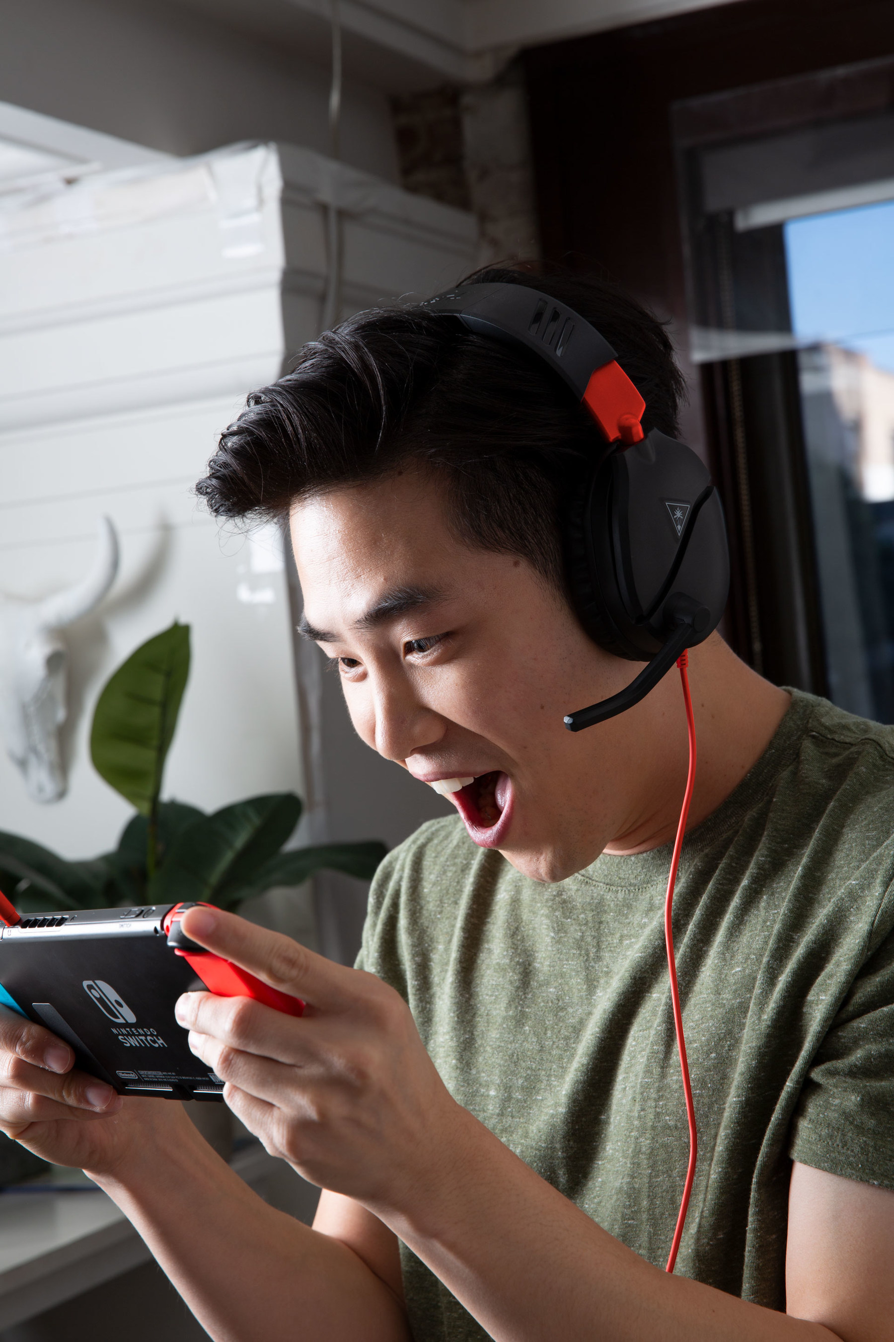 The all-new Turtle Beach Recon 70 is now available for the Nintendo Switch and coming to Xbox and PS4 on May 1, 2019. The successor to the #1 selling wired headset is built for victories across every genre and platform.