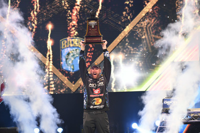 Hometown Favorite Wins Bassmaster Classic Before Record Crowds in Knoxville
