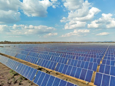 O Complexo Solar de São Pedro, a primeira usina totalmente operacional da Atlas Renewable Energy no Brasil. (PRNewsfoto/Atlas Renewable Energy)