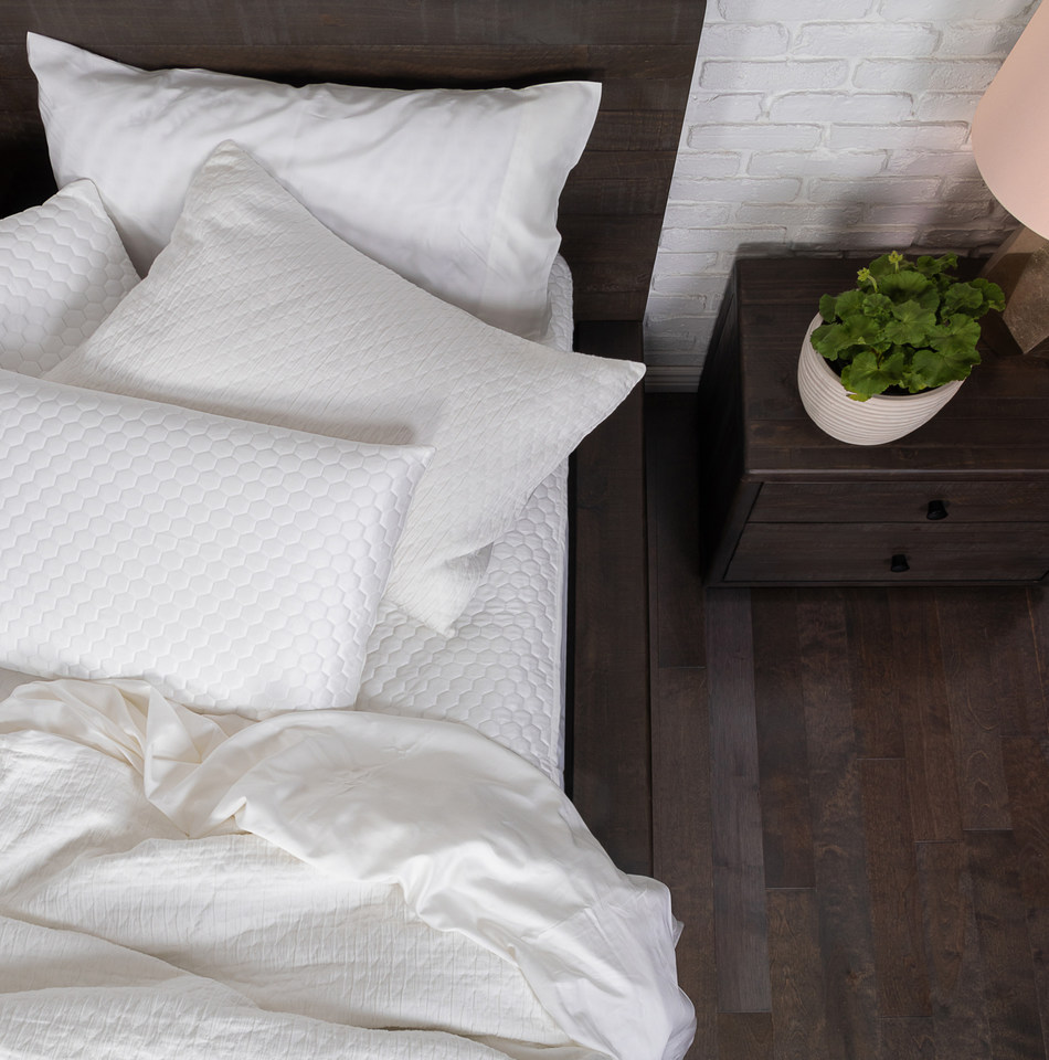 The Luxury Cooling Mattress Protector by Brooklyn Bedding maintains the benefits of advanced cooling technology found in higher-end beds, and even helps enhance the breathability of a standard mattress.