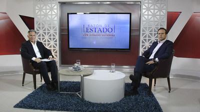 Dionisio Gutiérrez with President Jorge Tuto Quiroga.
