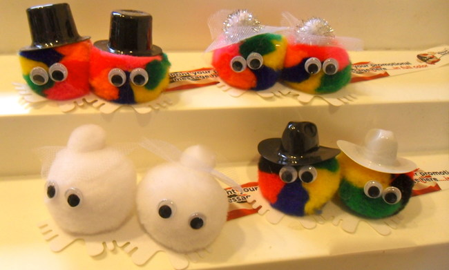 Weepuls offers same-sex marriage options.