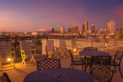 Located on the streetcar line in the Garden District, Avenue Plaza Resort is the perfect home base while visiting New Orleans. After exploring the famous French Quarter, Harrah's Casino and everything else the city has to offer, guests can head back to the resort and relax on the rooftop sun deck for stellar views of the New Orleans skyline.