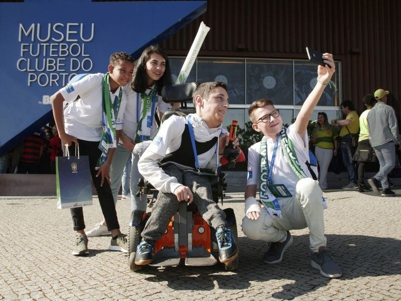 Caption: F4F Ambassadors in Porto
