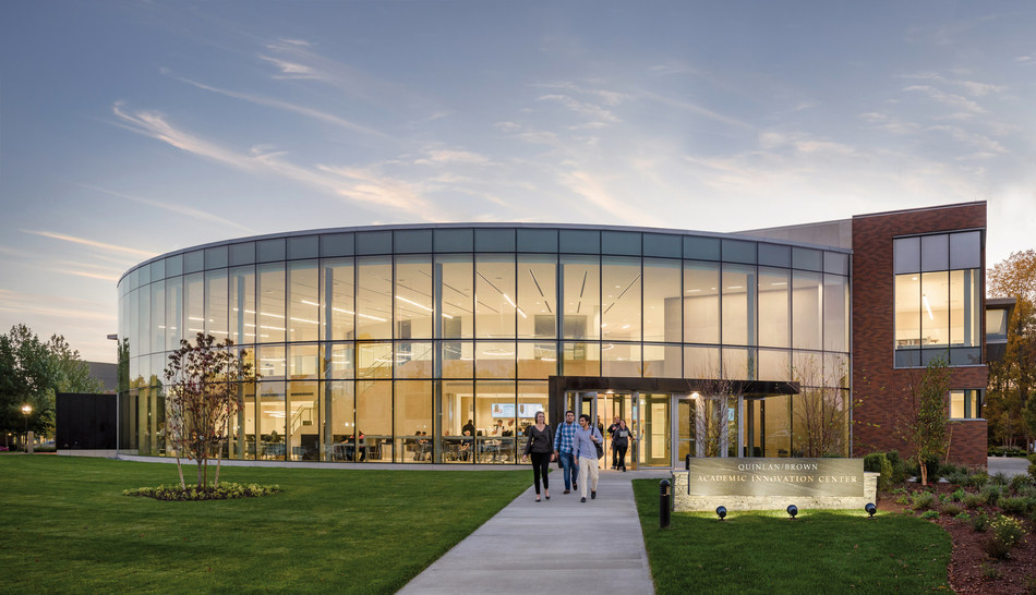 Projects completed include the 48,000 sq. ft. Quinlan/Brown Academic Innovation Center, an entirely new kind of facility for teaching and learning.