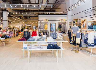 New Lands' End store opens at The Block Northway in Pittsburgh. Grand opening events take place April 6-7th, 2019.