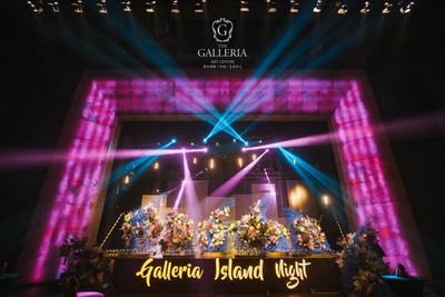 Galleria Island Night