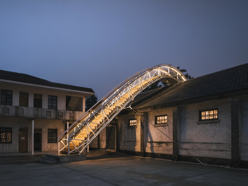 Rice Barn has been renovated into a comprehensive modern art exhibition venue