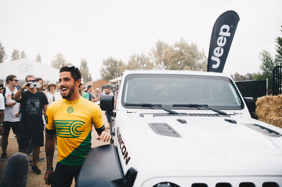 World Surf League Athlete Filipe Toledo Joins Jeep® as 2019 Brand Ambassador (Photo Credit: Jackson Van Kirk/WSL)