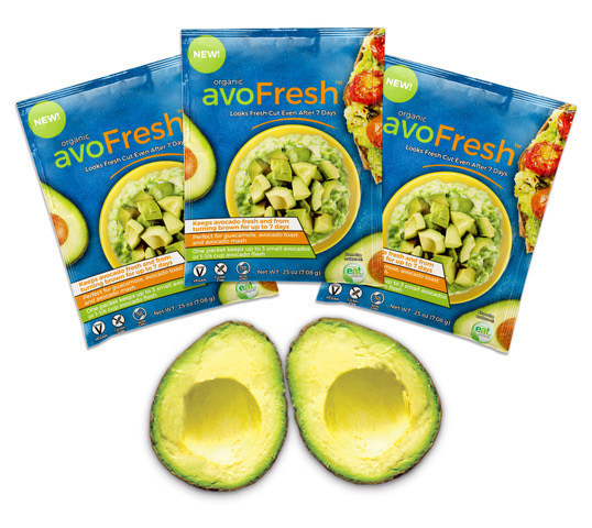 One packet of organic avoFresh™ preserves up to 3 fresh avocados (or one medium bowl of guacamole) for up to one week. Simply blend with the mashed fruit or mix into an 8-oz bottle of water and mist onto cut slices.