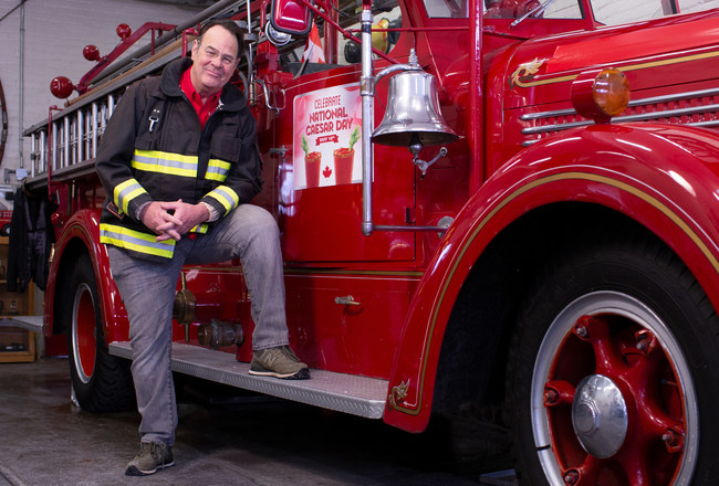 Dan Aykroyd will celebrate National Caesar Day with a contest winner aboard a vintage fire truck (CNW Group/Evangeline PR)