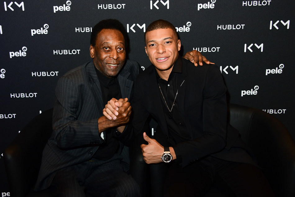 Pele and MBappe historical encounter (PRNewsfoto/HUBLOT)
