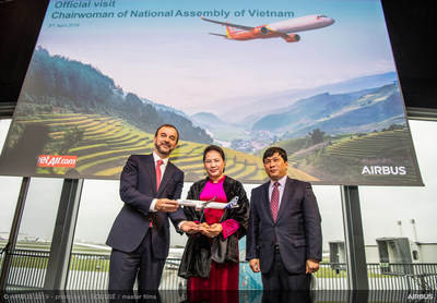 Chairwoman of the Vietnamese National Assembly Nguyen Thi Kim Ngan joins Vietjet at ceremony in Toulouse, France to receive brand new A321neo