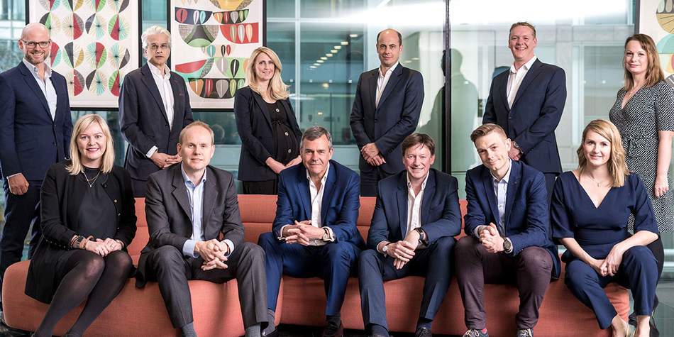 The Hanover executive committee with AVENIR GLOBAL's International Managing Partner Ralph Sutton. (Left to right) back row: Jonty Summers, Michael Prescott, Katie Blower, Christian Hierholzer, Ian Chapman, Claire Sherry (Left to right) front row: Lorna Jennings, Andrew Harrison, Charles Lewington, Ralph Sutton, Gavin Megaw, Laura Roberts (CNW Group/Avenir Global)