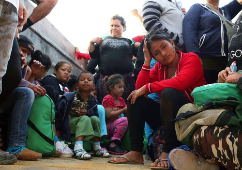 Women and girls flee poverty and gang violence in Honduras. The goal of the PICMCA project is to improve the well-being of children and youth who are at risk of irregular migration. (CNW Group/Christian Children's Fund of Canada)
