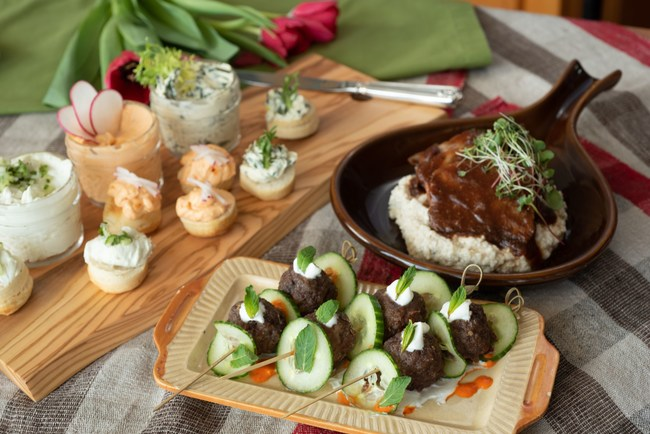145 Kentucky Derby At-Home Party Menu