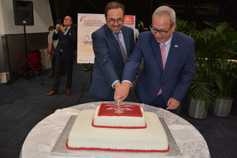 RAM CEO Abdelhamid Addou and MIA Director and CEO Lester Sola cut the cake.