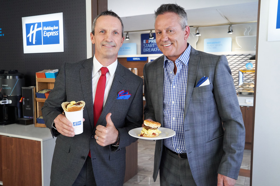 """Guy Carbonneau wins the Holiday Inn Express READIEST Breakfast Challenge Canada with his breakfast masterpiece, """"The Power Play Pancake Cup."""" (CNW Group/Holiday Inn Express)"""