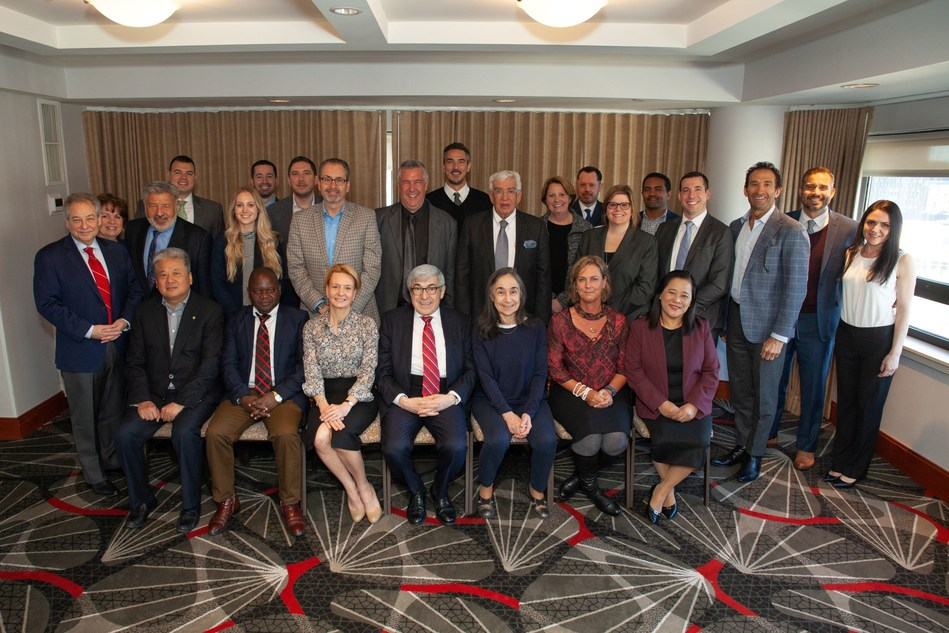 Henry Schein, Inc. (Nasdaq: HSIC) demonstrated its commitment to expanding access to health care and developing high-level capabilities in oral health leaders from around the world by sponsoring the Senior Dental Leaders Programme for a 13th year.