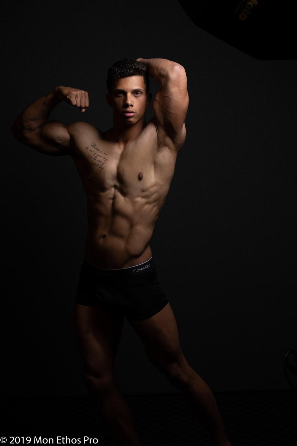 Mon Ethos Athlete Daniel Bower